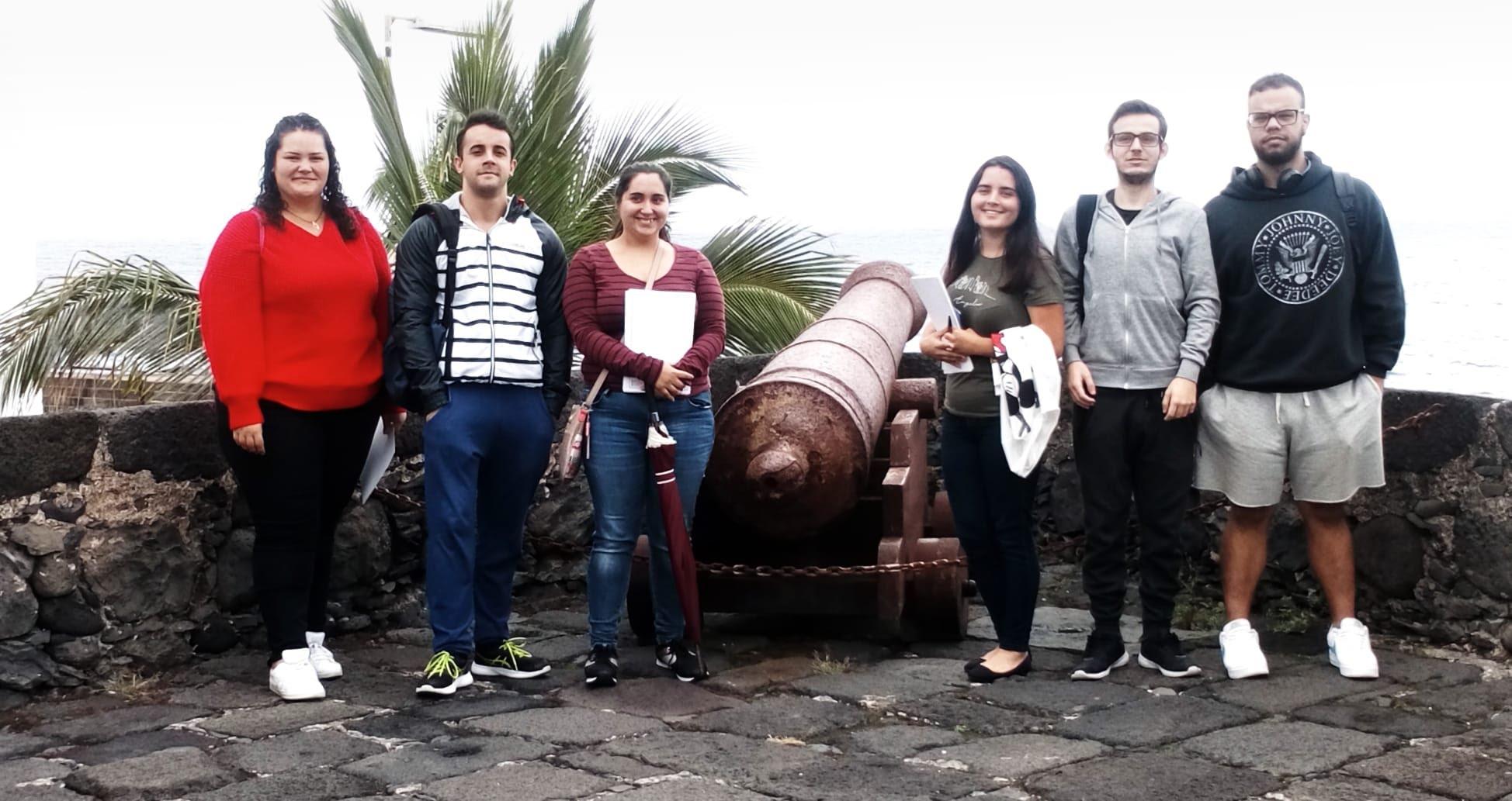 Agradecer a la Concejalía de Educación y Patrimonio Histórico de Excmo. Ayuntamiento de S/C de La Palma la organización de nuestra visita.