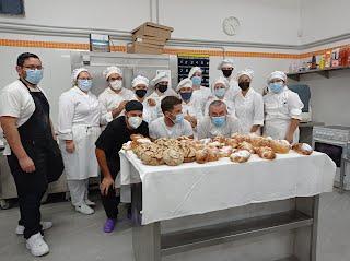 alumn@s de primero de pastelería del IES Virgen de las Nieves